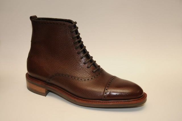 medallion cap toe bespoke boot